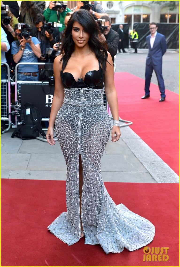 kim-kardashian-kanye-west-gq-men-of-the-year-awards-01